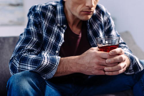 Alcoholism: Why Do Men Struggle More?